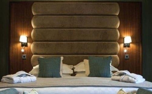 bedroom sconce